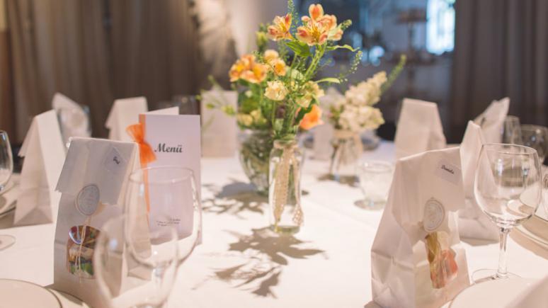 Hochzeitsfotografie: Marktpreise, Trends und Gewinnoptimierung durch Outsourcing