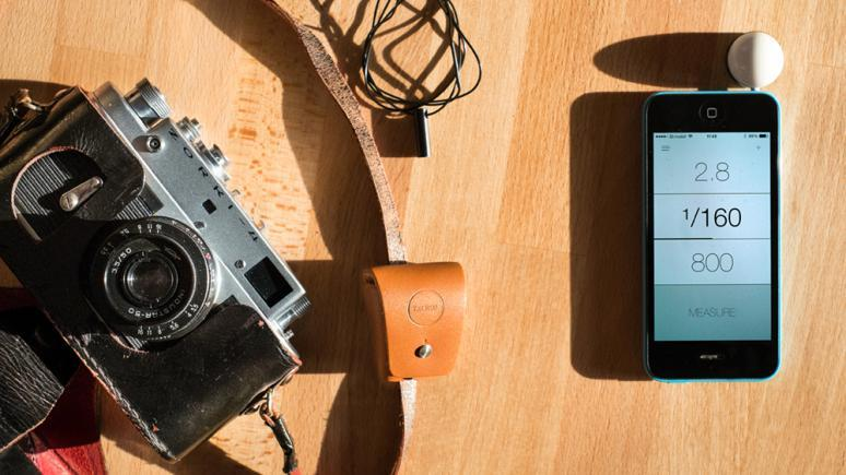 Die Lumu App und eine externe Diffusorkalotte verwandelt Smartphones in echte Belichtungsmesser