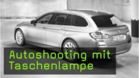 Auto mit Taschenlampe fotografieren